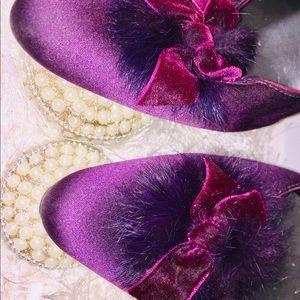 💜✨Alfani Valentine Satin/Velvet/Feather Heels✨💜